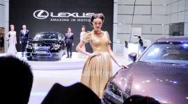 """Lexus đẹp đẳng cấp với mẫu """"Tây"""""""